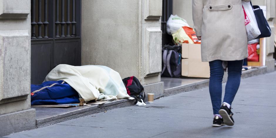 ¿Qué respuesta se da en Catalunya a las personas que viven en la calle durante la crisis del coronavirus?