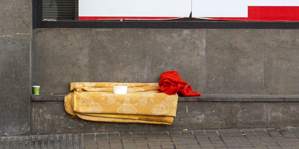 Ursula ha viscut al carrer i explica la seva experiència com a dona sense llar